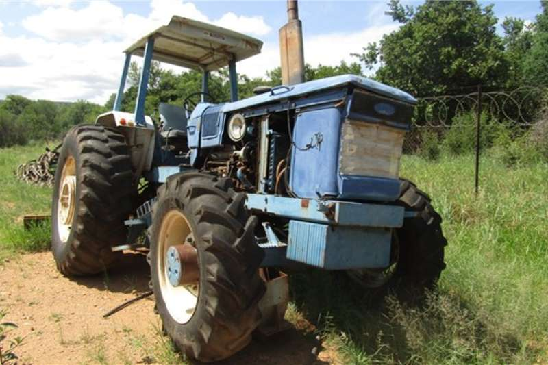 Ford Tractors Ford N6CYS0401 Tractor