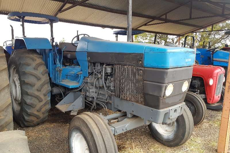 Ford Two wheel drive tractors 5640 Tractors