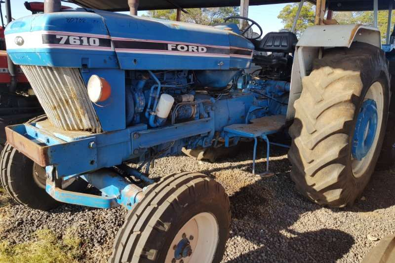 Ford Tractors Two Wheel Drive Tractors 6610