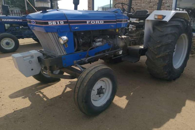 Ford Tractors Two wheel drive tractors Ford 5610 1993