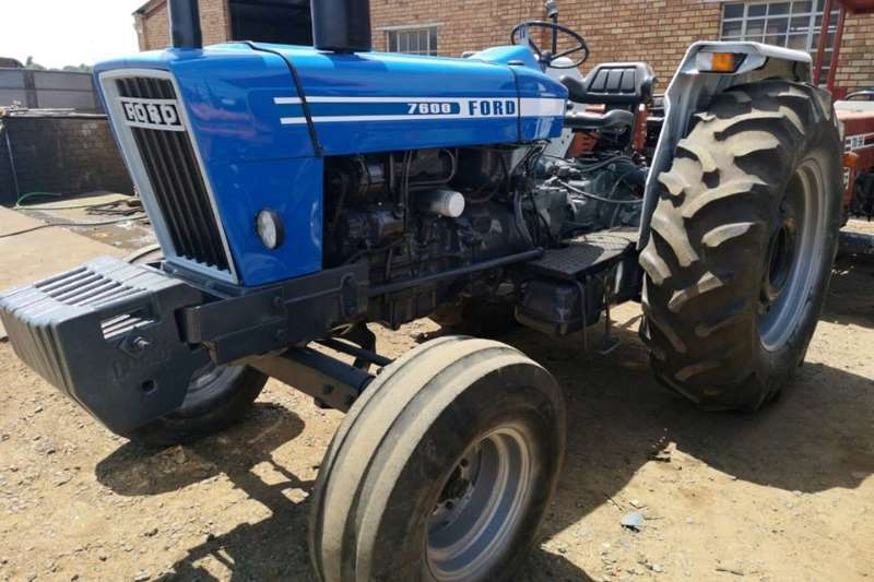 Ford Tractors Two Wheel Drive Tractors Ford 7600 1981