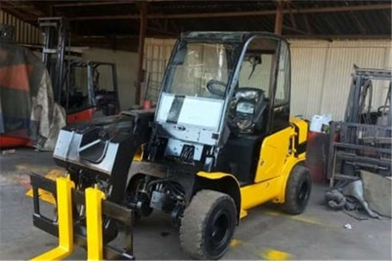 Forklifts Machinery
