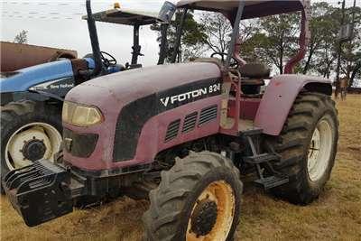 Foton Four wheel drive tractors 824 Tractors