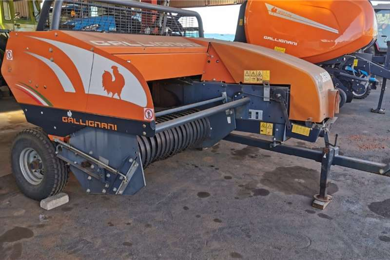 Gallignani Bale grabbers 3690 Square Baler Haymaking and silage