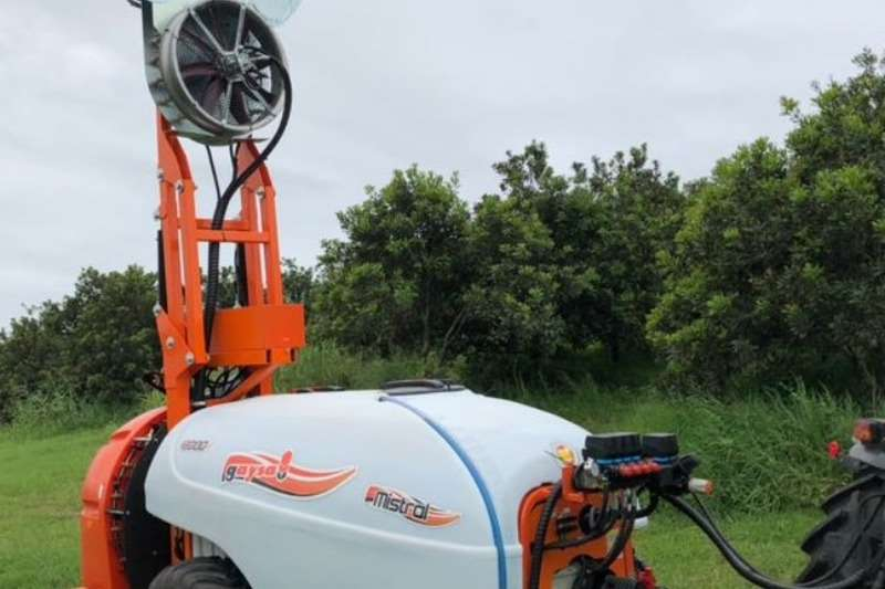 GAYSA Sprayers and spraying equipment Fogger - mist blowers * DOUBLE VEGA Trailed Mist Blower *