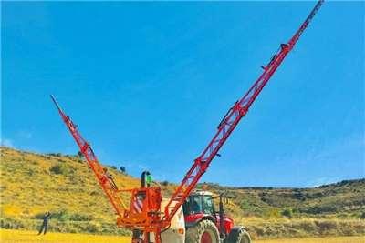 GAYSA Sprayers and Spraying Equipment Tractor Mounted Sprayers *OXYGéNE Tractor Mounted Boom Sprayer *