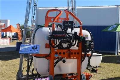 GAYSA Sprayers and Spraying Equipment Tractor Mounted Sprayers * TITANIUM Tractor Mounted Boom Sprayer *