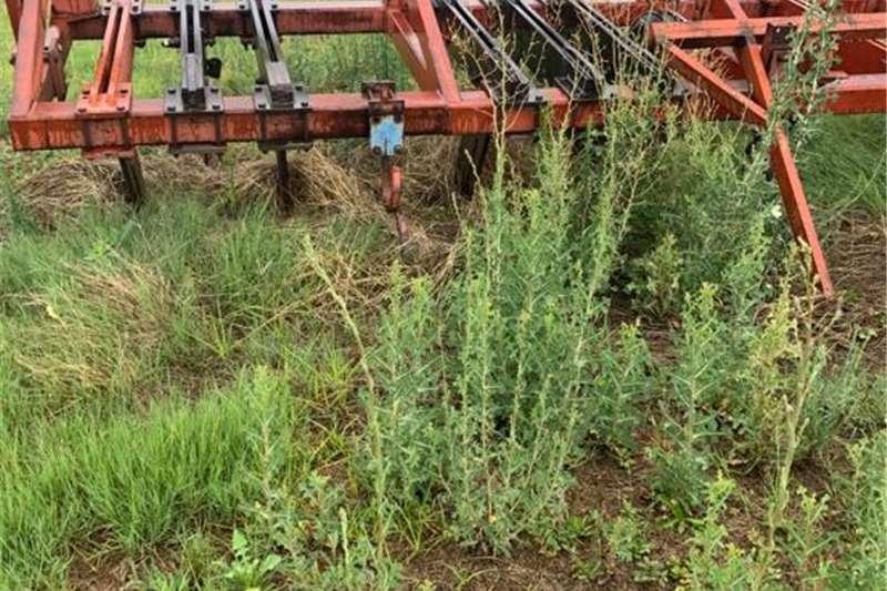 Cotton harvesters H&C Tweedehanse Trekkers en PlaasImplemente Harvesting equipment