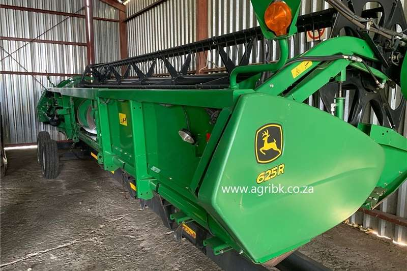 Draper headers John Deere 625 R Harvesting equipment