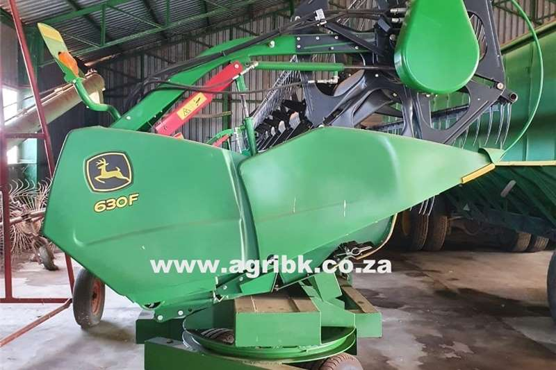 Harvesting equipment Flex headers John Deere 630 F 2017