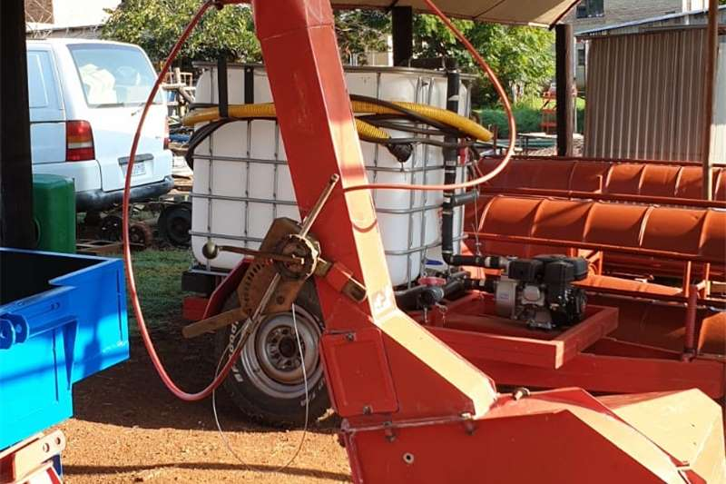 Forage harvesters forage harvester/kuilvoer kerwer Harvesting equipment