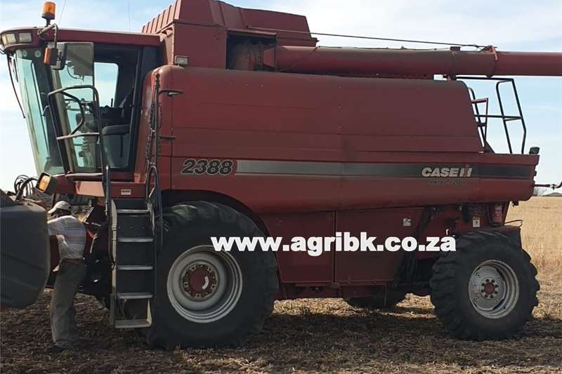 Harvesting equipment Grain harvesters Case IH 2388 2010