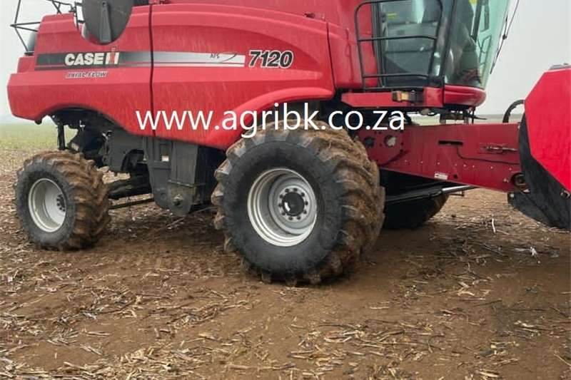 Grain harvesters Case IH 7120 Harvesting equipment