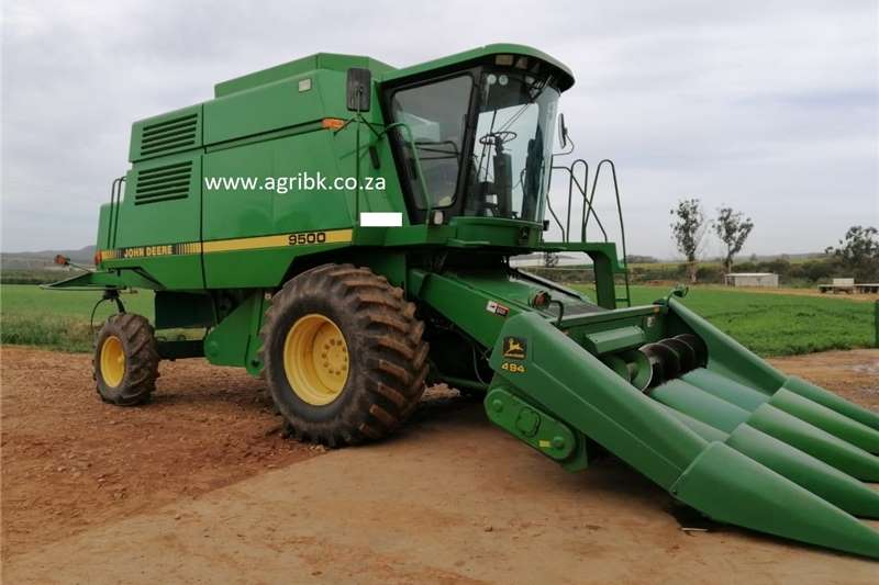 Grain harvesters John Deere 9500 Harvesting equipment