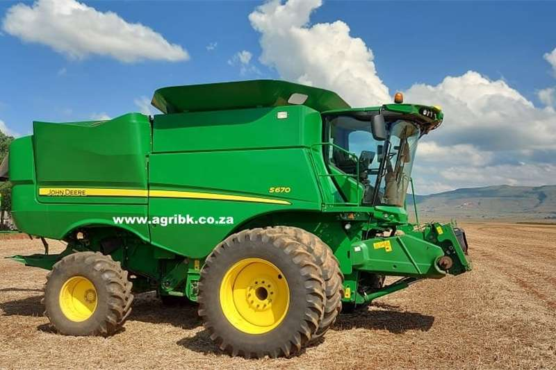 Grain harvesters John Deere S670 Harvesting equipment