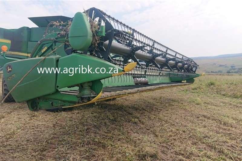Grain headers John Deere 635 FD Harvesting equipment