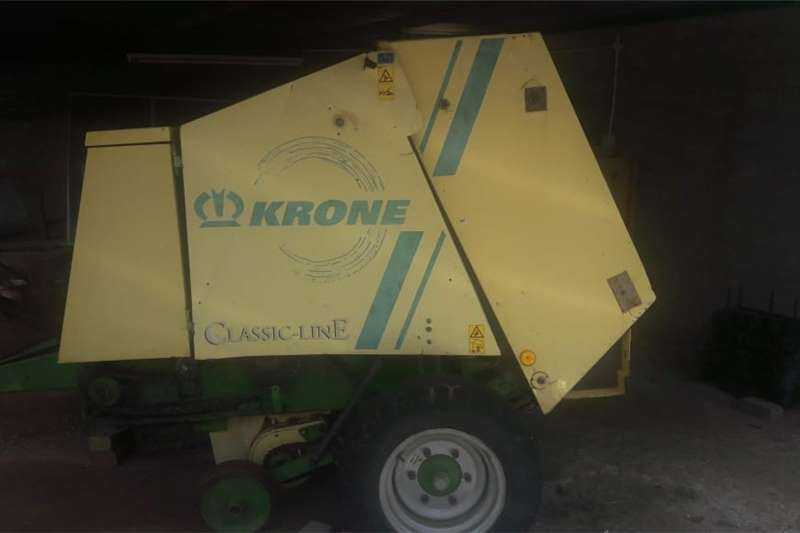 Maize headers Baler KR125. In good condition. Harvesting equipment