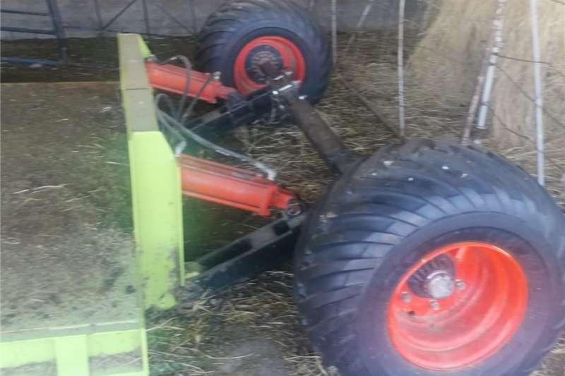 Maize headers Claas C 750  25 Voet Ridget Koringtafel  met Elko Harvesting equipment