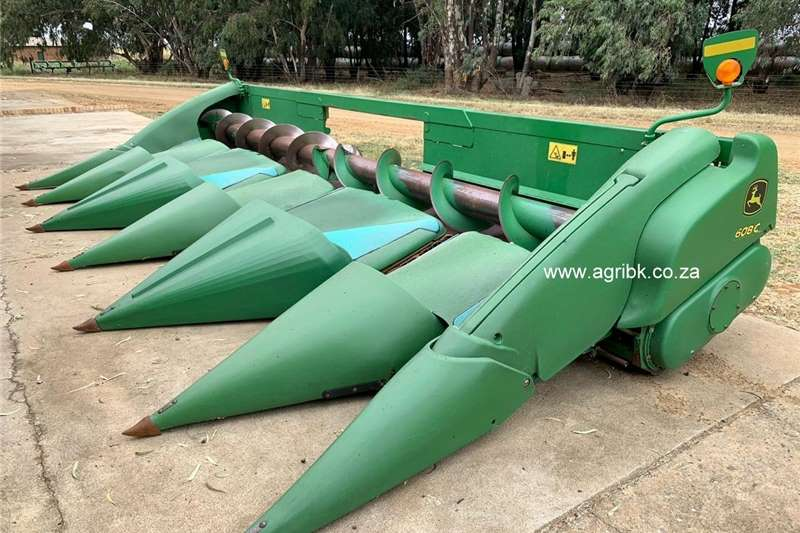 Maize headers John Deere 608 C Harvesting equipment
