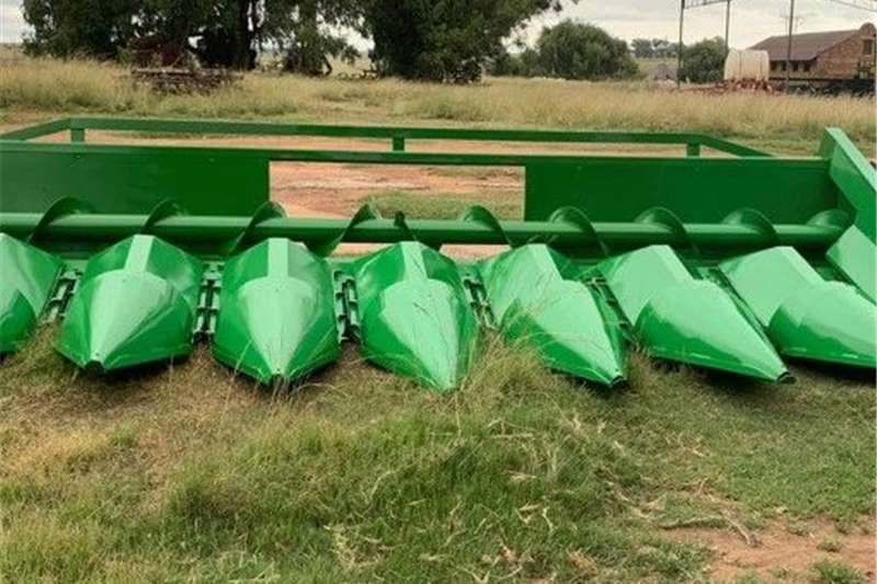 Harvesting equipment Maize headers John Deere 844 8 ry 76cm.