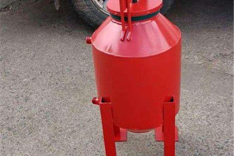 Wheat headers Stainless steel Fertilizer tanks Harvesting equipment