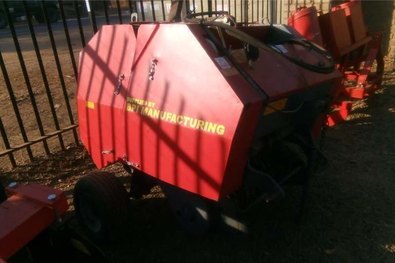 Hay and forage Balers Feeler Mini Baler Pre Owned Implement