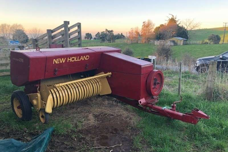 Hay and forage Balers New Holland 276