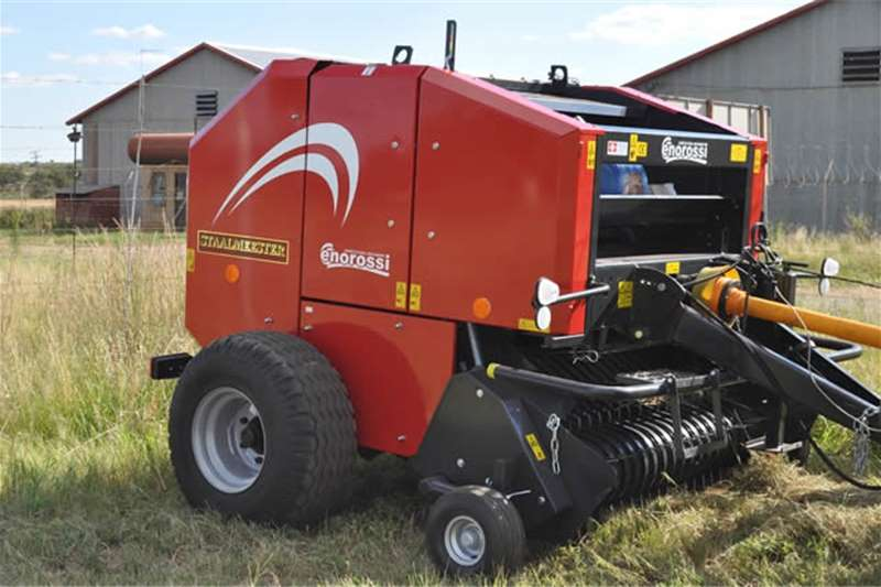 Hay and forage Balers S2338 Red Enorossi RB120 Round Baler Twine Only Ne