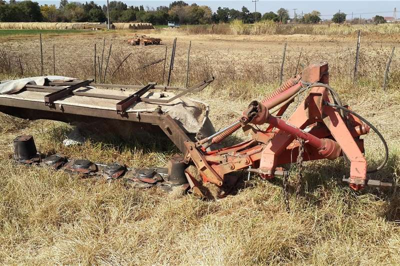 Hay and forage Disc mowers Tolsnyer