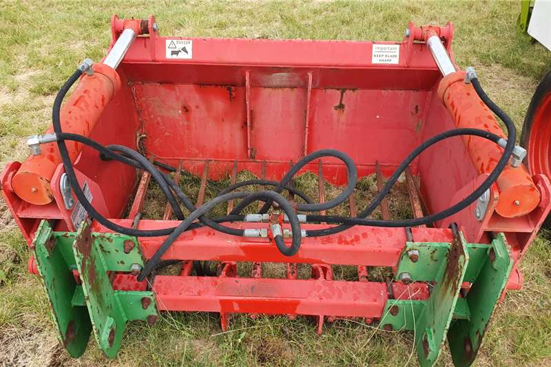 Hay and Forage Other Hay and Forage Mchale Silage grabber