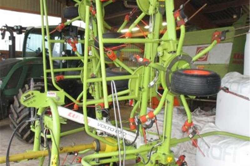 Hay and forage Rakes Wheeler Volto revamped