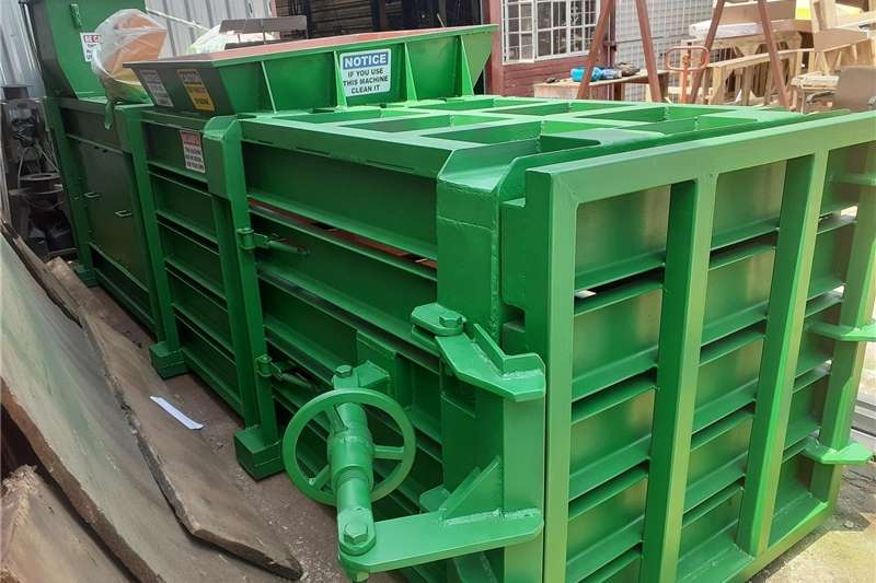 Bale grabbers H25 baling Machine semi automatic Haymaking and silage