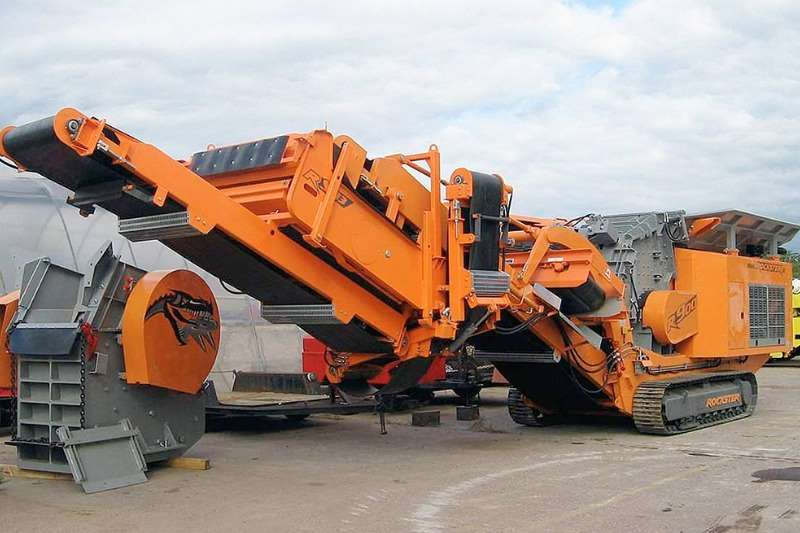 Bale shredders Rockster AustriaR900Impact Crusher Haymaking and silage