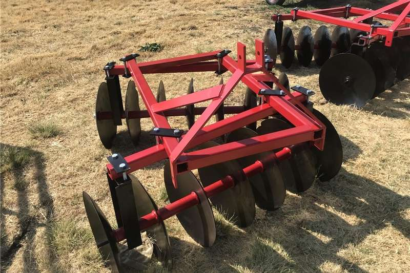 Haymaking and silage Disc mowers Disc harrows