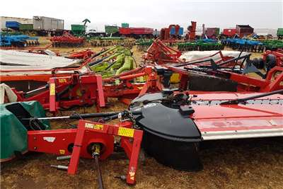 Disc mowers Mowers / Tolsnyers 4 tot 8 tol Haymaking and silage