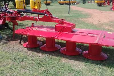 Disc mowers New 2.7m drum mowers Haymaking and silage