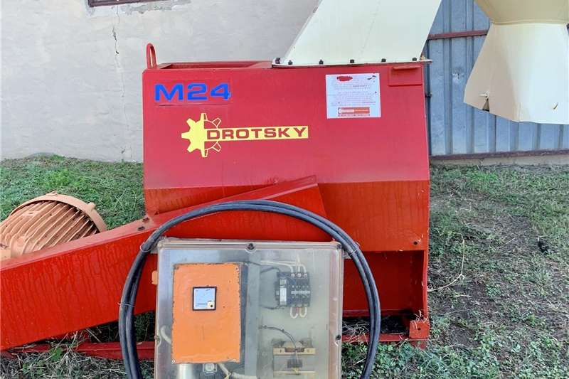 Hammer mills Drotsky M24 Electric Hammer Mill Haymaking and silage
