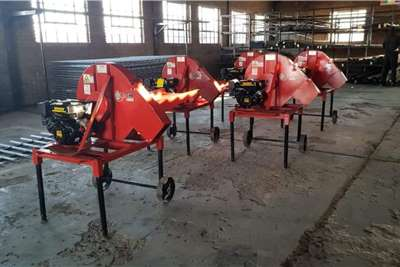 Hammer mills New electric hammermills Haymaking and silage