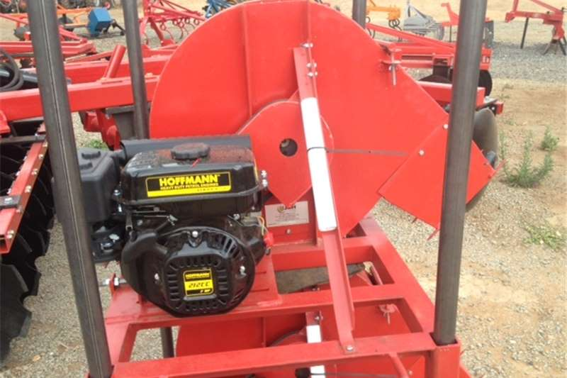 Haymaking and silage Hammer mills Red JBH 6.5Hp Petrol Hammermill / Hammer Meul (700