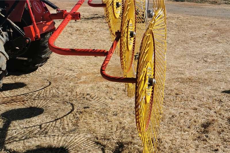 Rakes New 4 Wheel Rake Haymaking and silage