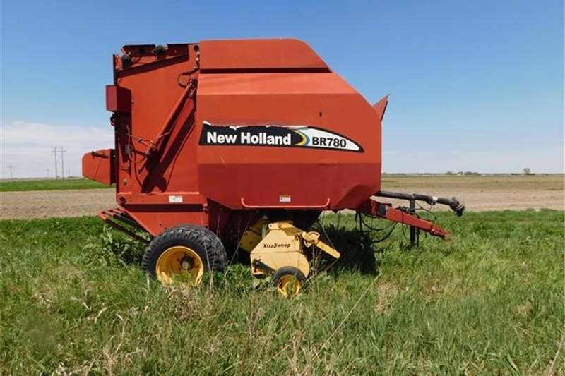 Round balers New Holland BR780 Round Baler, 5 By 6 Bales, 13,14 Haymaking and silage
