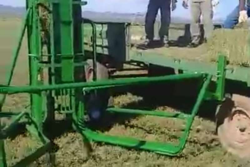 Henkru Hay and forage Other hay and forage Henkru Bale Loader 2019