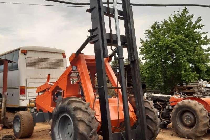 HERACLES Forklift vyf ton forklift