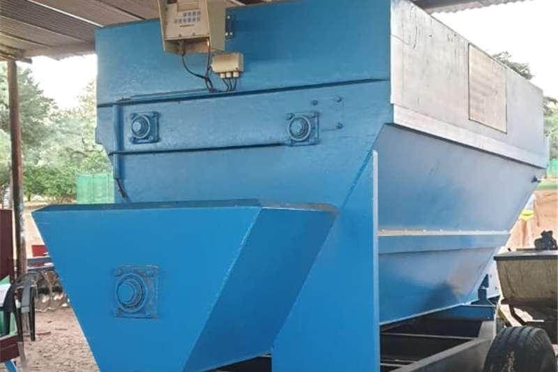 Horizontal feed mixers Feedmixer Voermenger