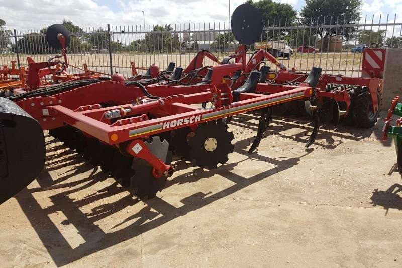 Horsch Cultivators Horsch Tiger 4MT Rigid Tillage equipment
