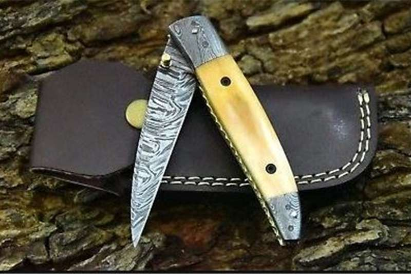Hunting equipment Hunting knives