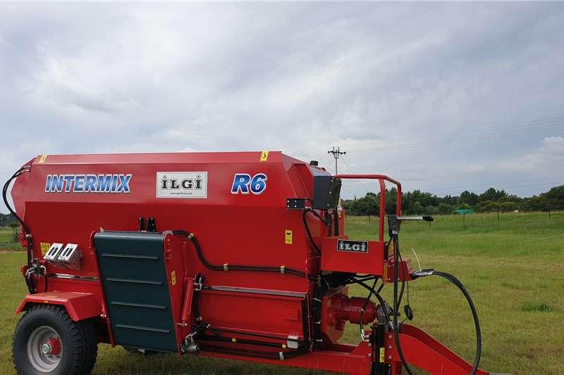 ILGI Feed mixers R12 Horizontal Livestock