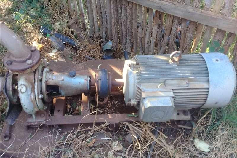 Irrigation Irrigation pumps 50/200 spp pomp met 15kw motor