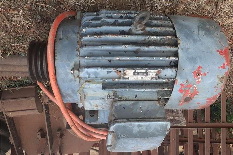 Irrigation pumps Mono water pump 4 inch mono meester  complete 13 p Irrigation