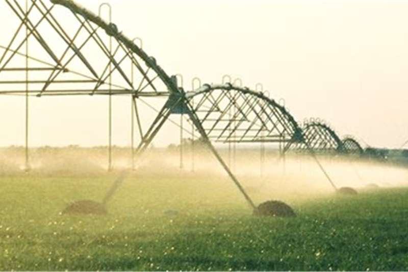 Irrigation Sprinklers and pivots Center Pivots
